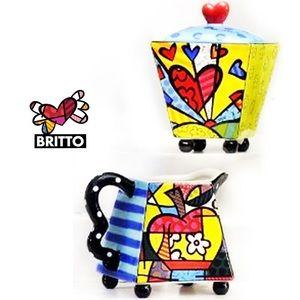 Romero Britto Cream & Sugar Set - BUNDLE & SAVE